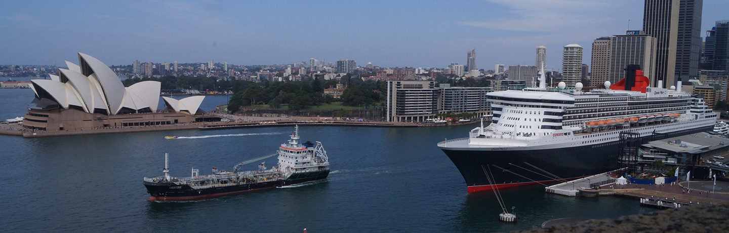 Vessels coming into Sydney Harbour